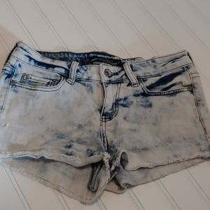 Lovesick light wash shorts